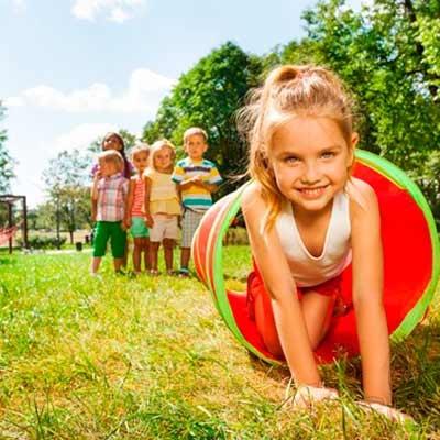 Casas y Parques Infantiles