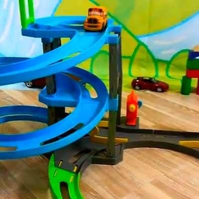 Garajes y parques infantiles