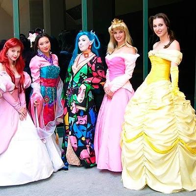 Príncipes, princesas, reyes, hadas y duendes