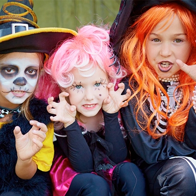 Pelucas, Sombreros y Máscaras Halloween