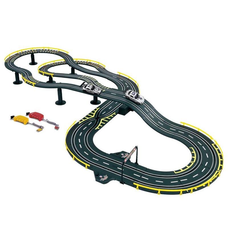 Circuito Mercedes com 2 carros