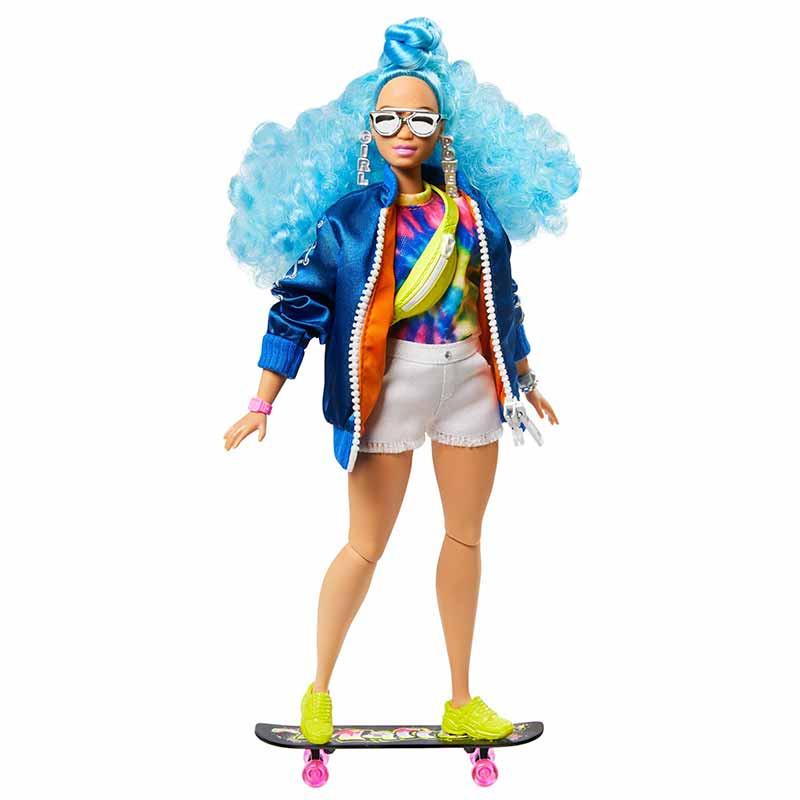 Barbie Extra Muñeca con pelo azul rizado
