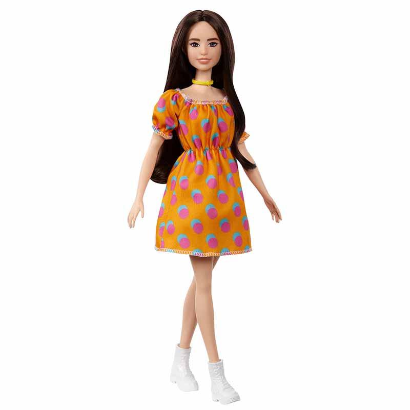 Barbie Fashionista morena vestido sin hombros