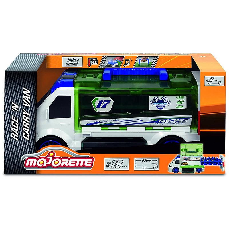 Camión Carry Van con un coche