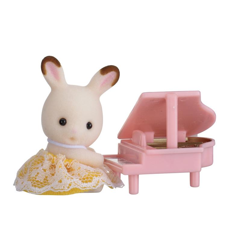 Sylvanian Families Conejo de chocolate con piano