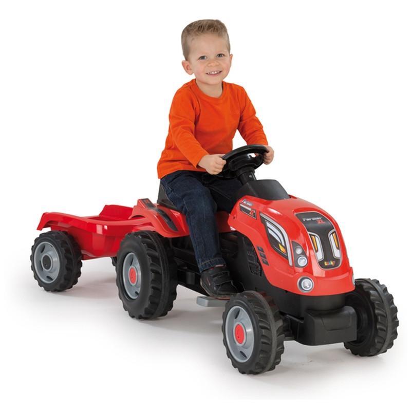 Tractor Farmer XL rojo a pedales con remolque