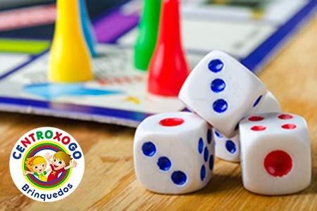 Jogos de mesa e sociedade Centroxogo